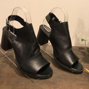 Topshop Pumps 9.5 Black Leather Open Toe Slingback